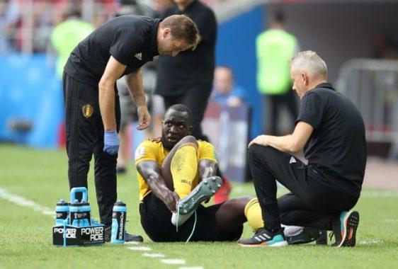 Tin bóng đá 19/11: Lukaku nhập viện vì chấn thương