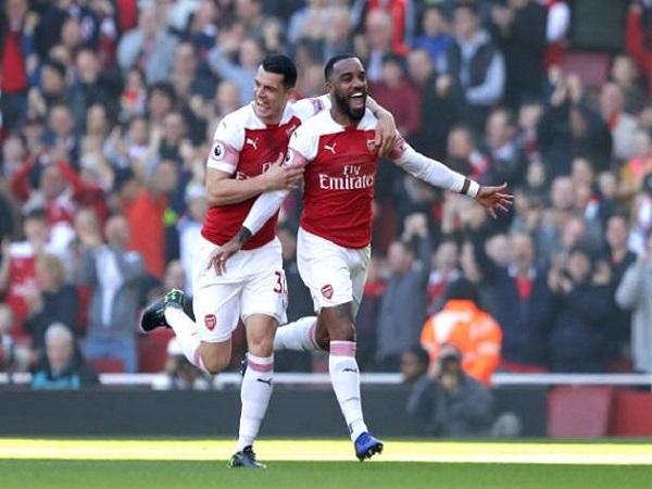 Arsenal nhẹ nhàng chen chân vào top 4