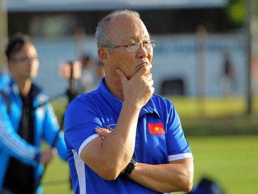 HLV Park Hang Seo chạy nước rút cho vòng loại World Cup