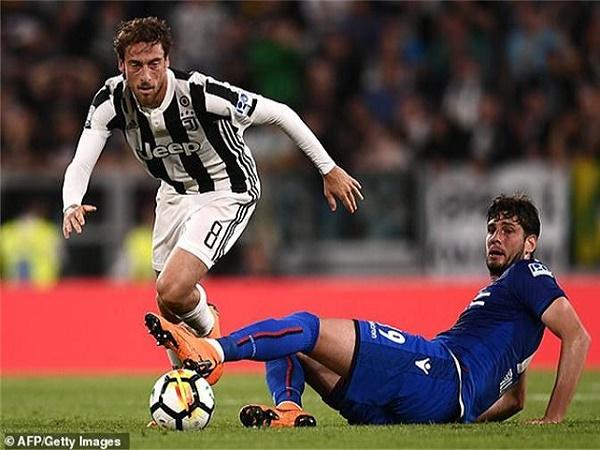 Công thần của Juventus giải nghệ ở tuổi 33