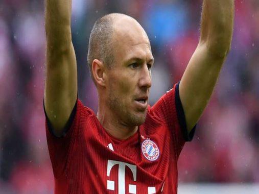 Arjen Robben quay lại Bayern Munich gia nhập ban huấn luyện