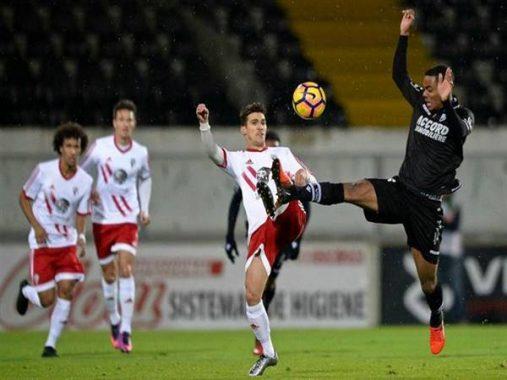 Nhận định Vitoria Guimaraes vs Vitoria Setubal (1h15 ngày 1/7)