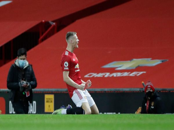 Bóng đá QT chiều 21/12: McTominay đi vào lịch sử Ngoại hạng Anh