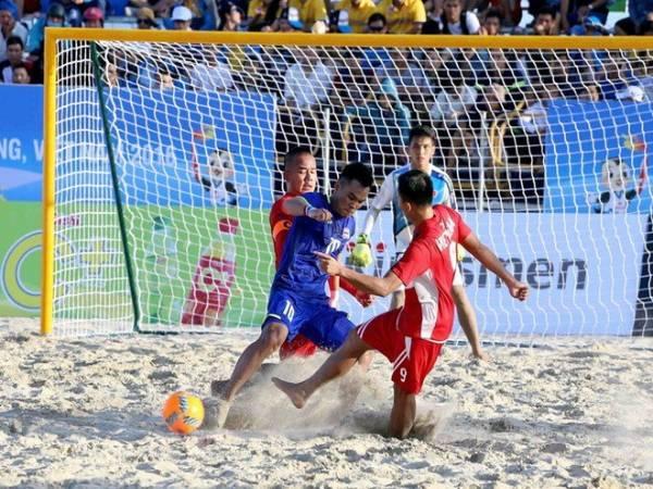 Bóng đá bãi biển là gì - Luật chơi của bóng đá bãi biển